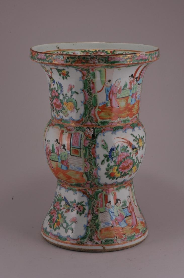 Porcelain beaker vase. China. 19th century. Rose - 3