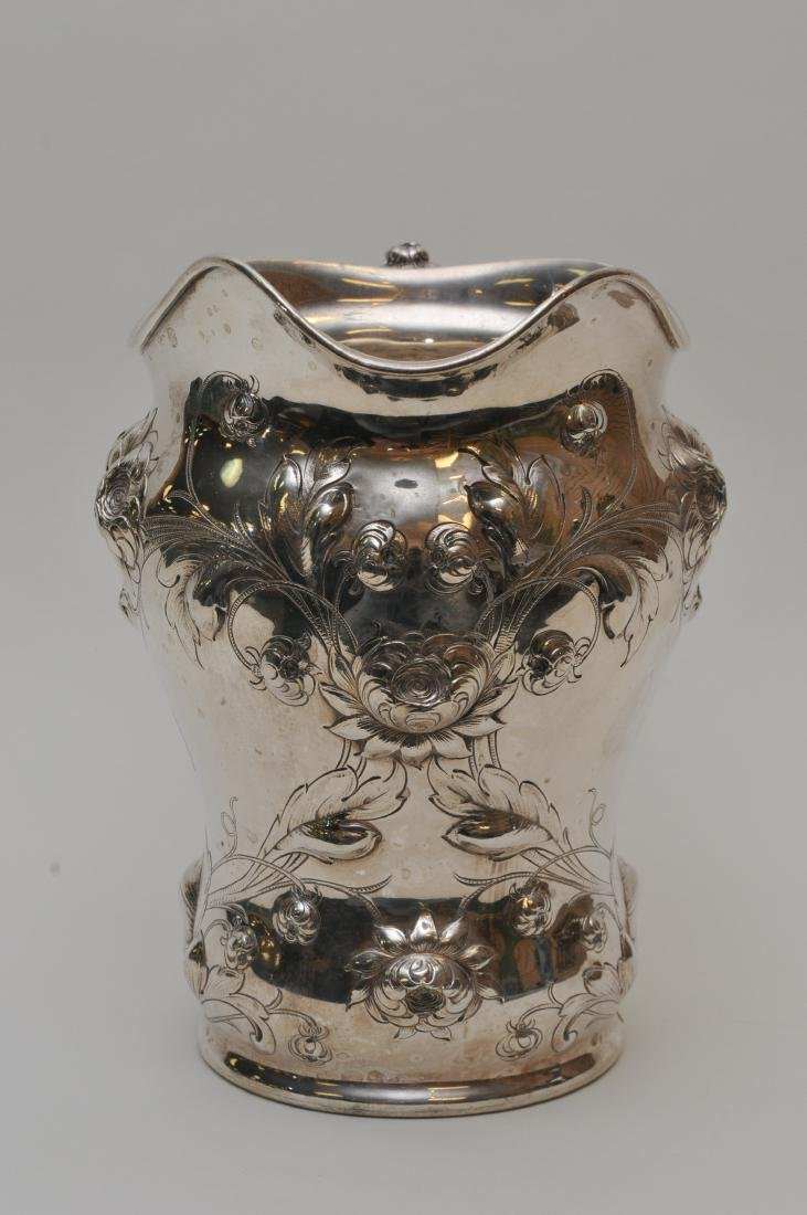Large Gorham sterling silver floral repousse decorated - 4