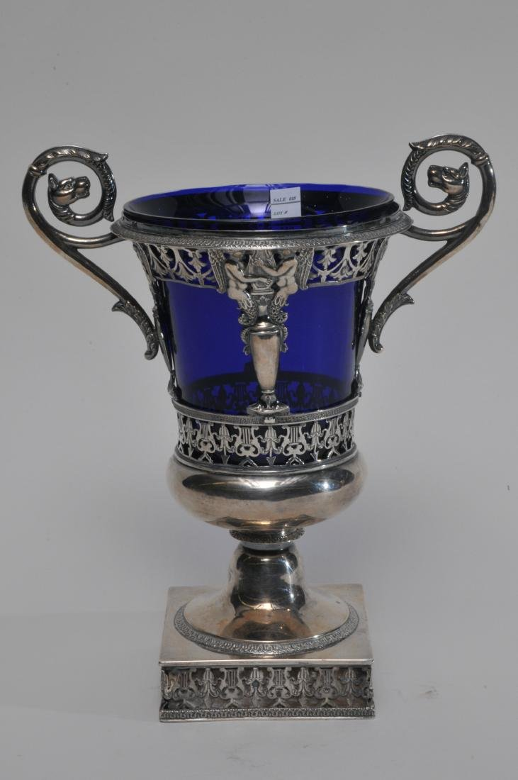 19th century French Empire silver two handled vase with - 5