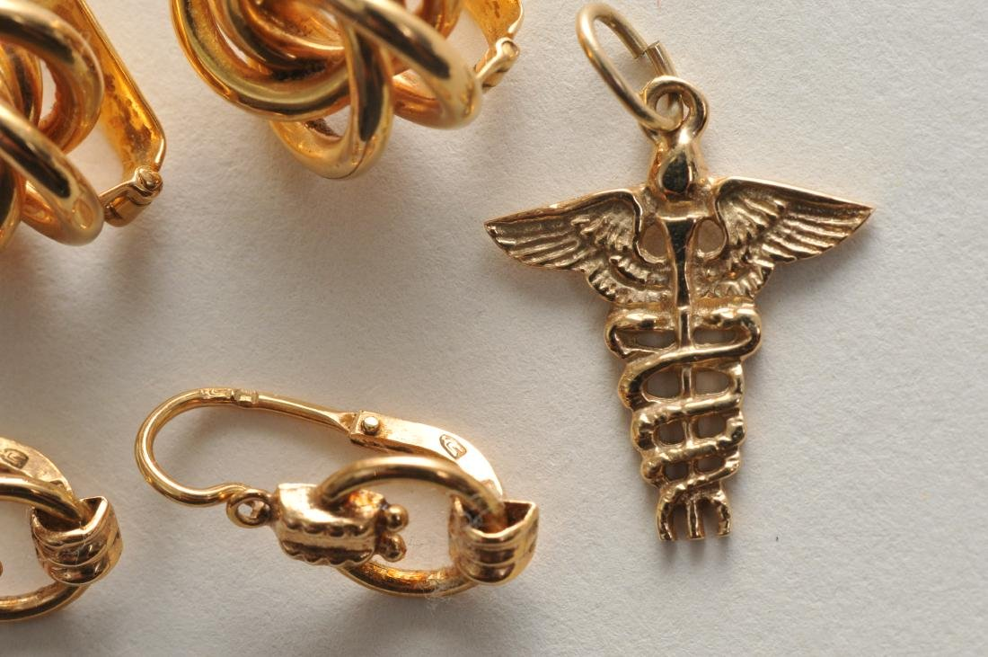 Mixed lot of 14k yellow gold jewelry. Cross pendant, 18 - 10