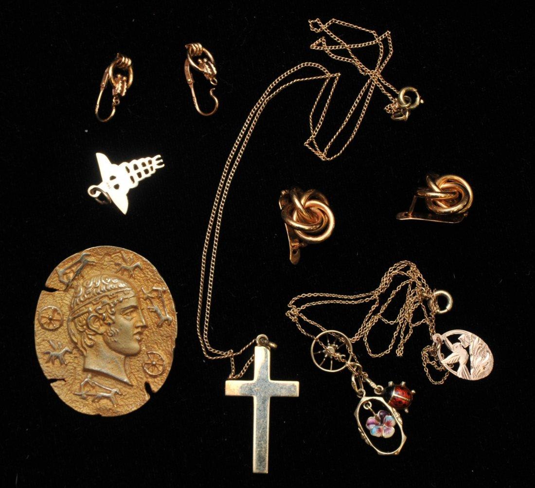 Mixed lot of 14k yellow gold jewelry. Cross pendant, 18