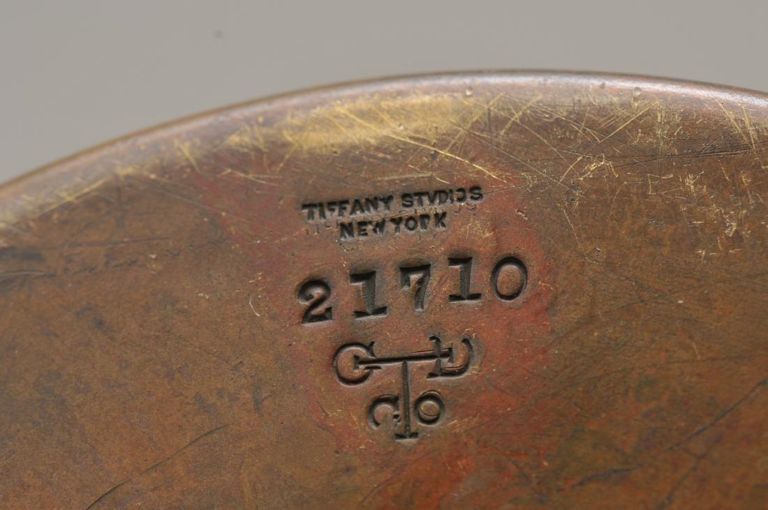 Tiffany Studios bronze desk lamp #21710 with gold - 9