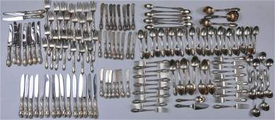"""Towle """"King Richard"""" sterling silver 152 piece flatware"""