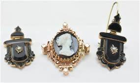 [3] pieces of Victorian mourning jewelry. [1] pair of