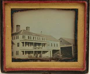 19th century pictorial daguerreotype photograph of the
