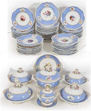 Chamberlain's Worcester porcelain blue hand-painted
