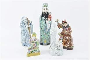 5 Asian porcelain figurines. 1) Large Chinese porcelain