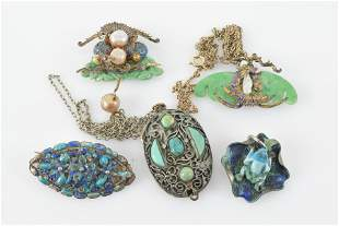 Chinese enamel and stone inlaid jewelry. To include: