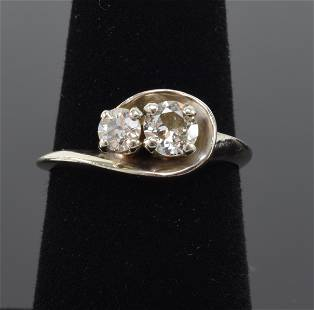 14K White gold diamond ring, contemporary setting with