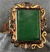 18 Kt Gold and Diamond mounted Apple Green Chinese