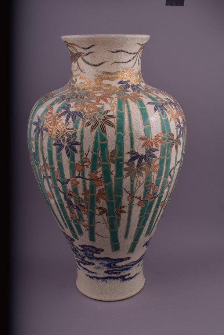Pottery vase. Japan. 19th century. Satsuma ware. - 5