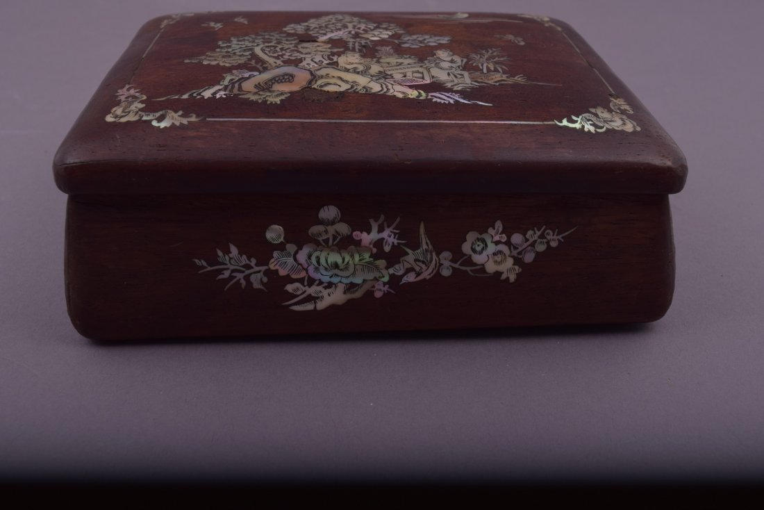 Lot of three Asian boxes to include: A 19th century - 9