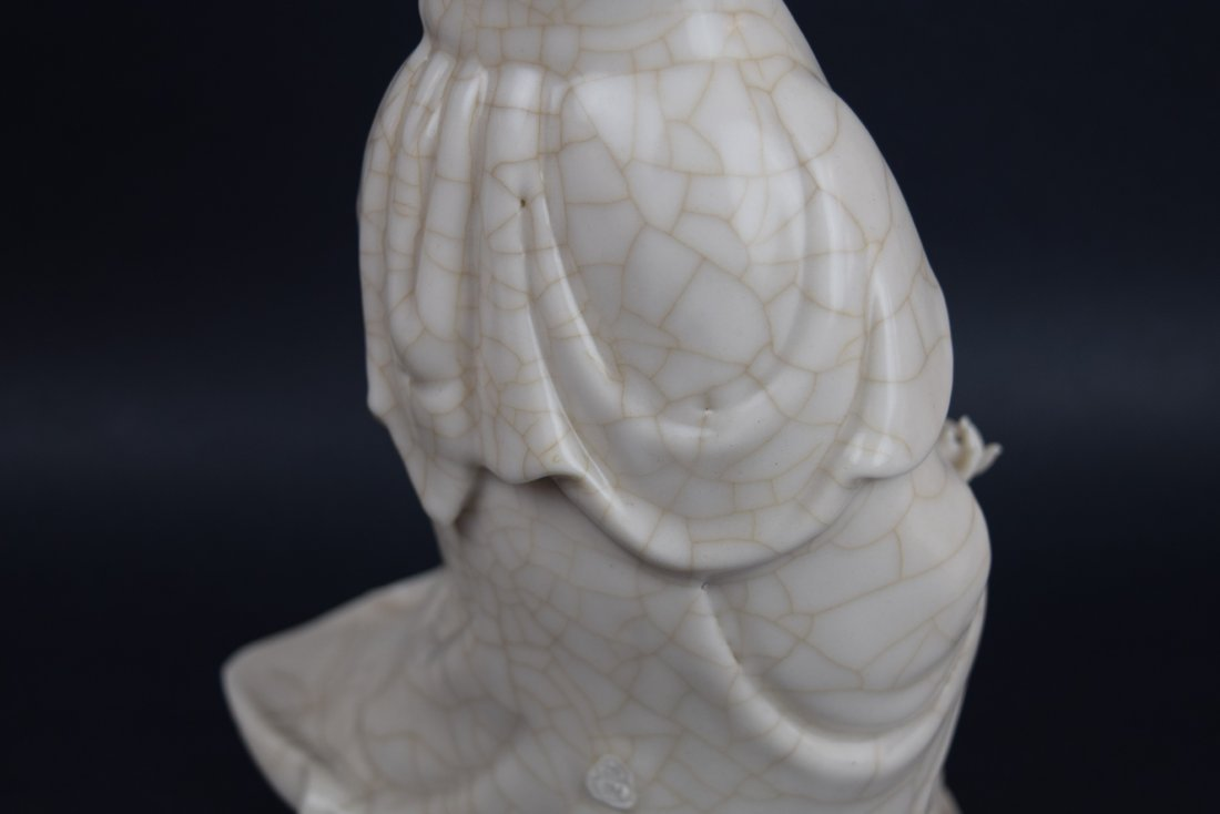 Porcelain figure. China. Late 19th century. White glaze - 8