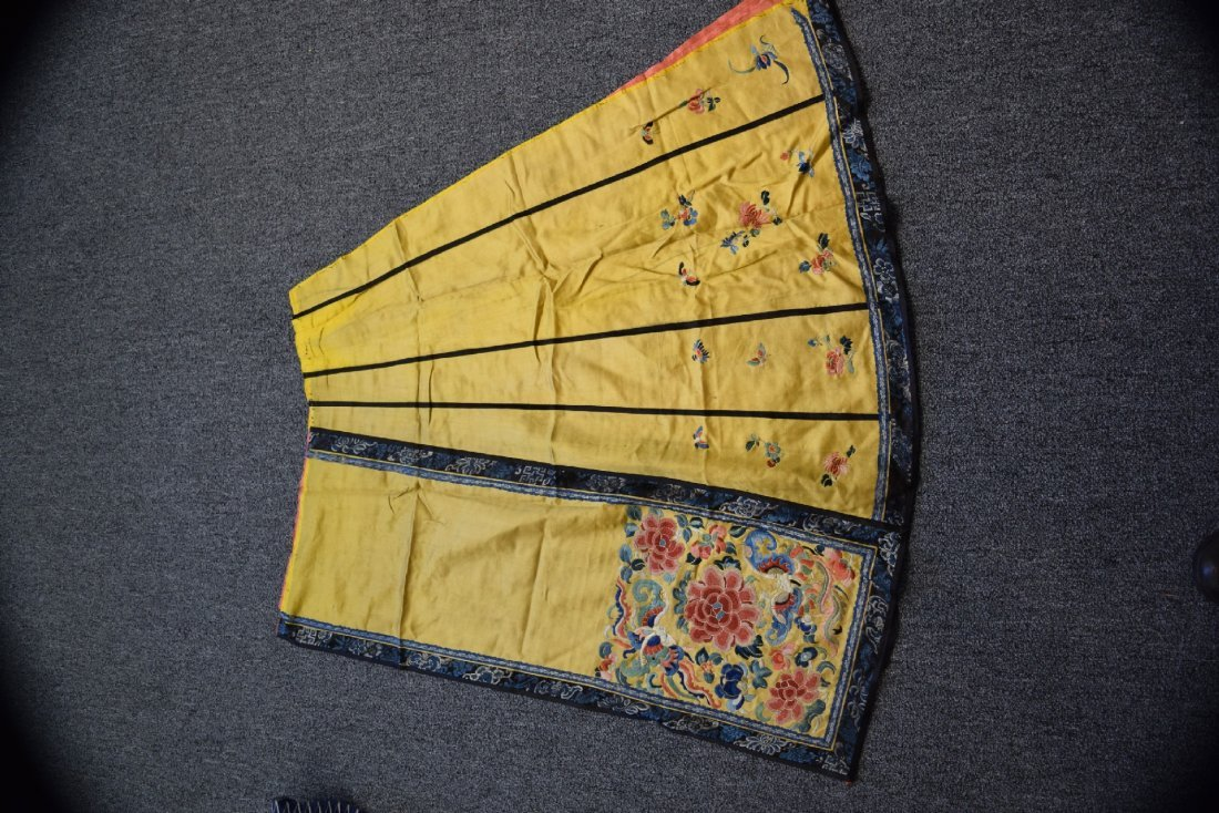 Lot of three textiles. China. Late 19th century- early - 2
