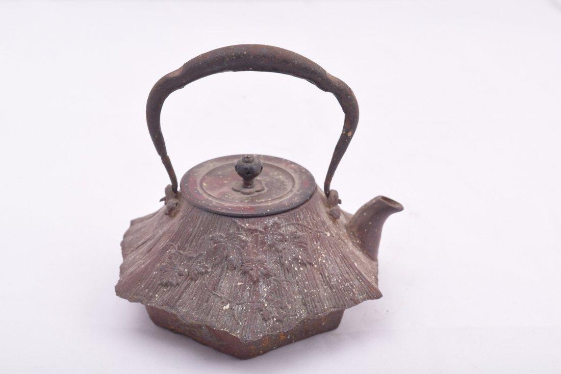 Two cast iron Meiji 19th century Japanese teapots. - 6