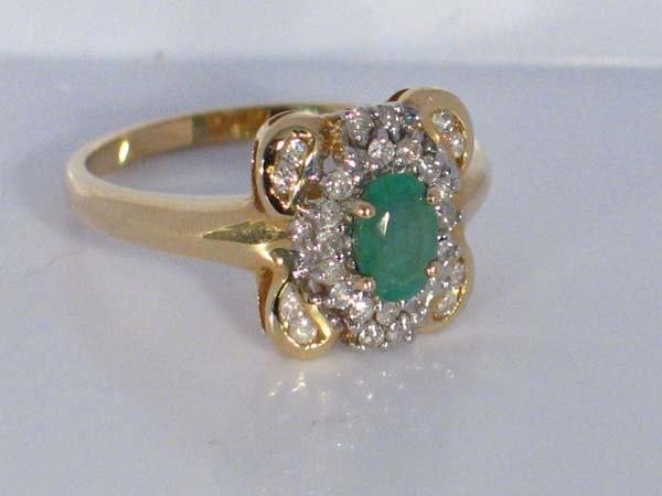 7: 14K 0.73ctw  EMERALD & DIAMOND RING [7]