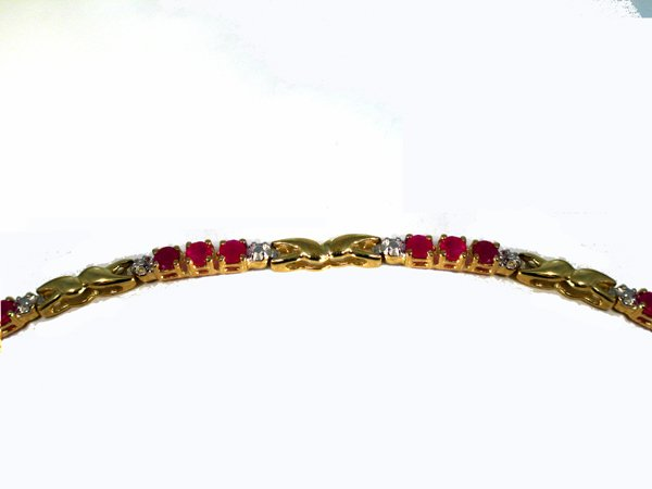 20: 10K 2.57ctw  RUBY & DIAMOND BRACELET [7in]
