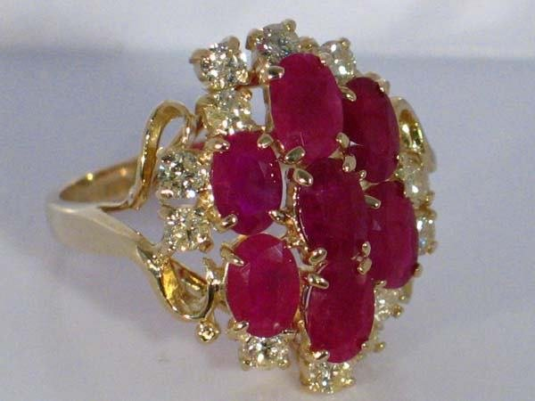 158: 14K SD YG 4.35ctw  RUBY & DIAMOND RING [7]