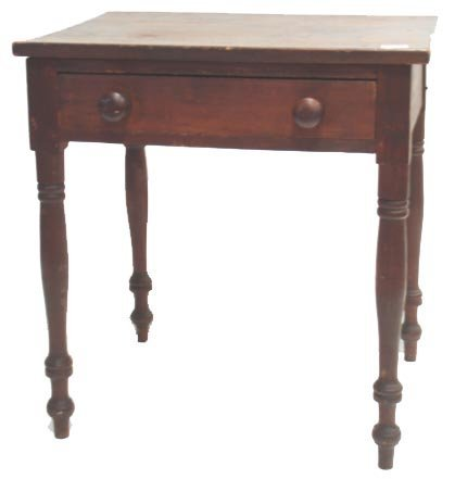 107: EARLY AMERICAN PINE SIDE TABLE WITH DRAWER