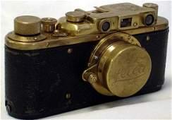 370A: VINTAGE GERMAN OFFICER LEICA 35 MM CAMERA