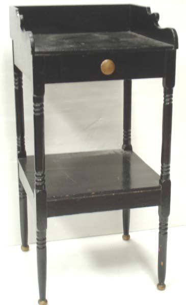 17: EARLY AMERICAN COUNTRY WASH STAND