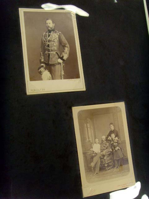 811: EARLY RUSSIAN PHOTOGRAPH COLLECTION - APPROX. 18 P