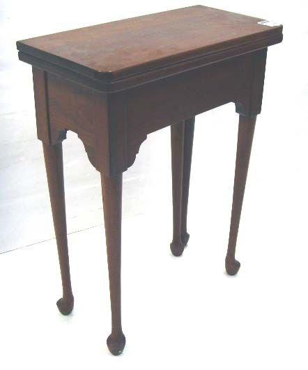 367B: 367B: HARDEN CHERRY QUEN ANNE STYLE TABLE