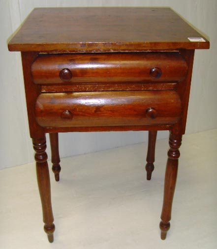 570: AMERICAN FEDERAL PERIOD WORK TABLE - HAVING 2 DRAW