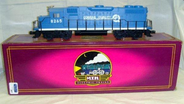707: ETH ELECTRIC TRAIN WITH BOX - EMD GP38-2 DIESEL