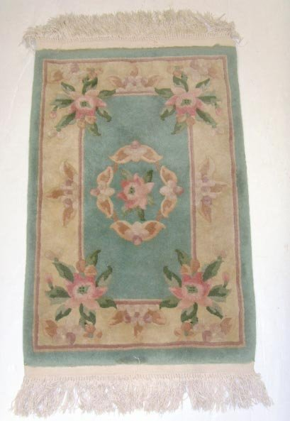 710: HANDMADE CHINESE SCATTER RUG - 2 X 3FT 6IN