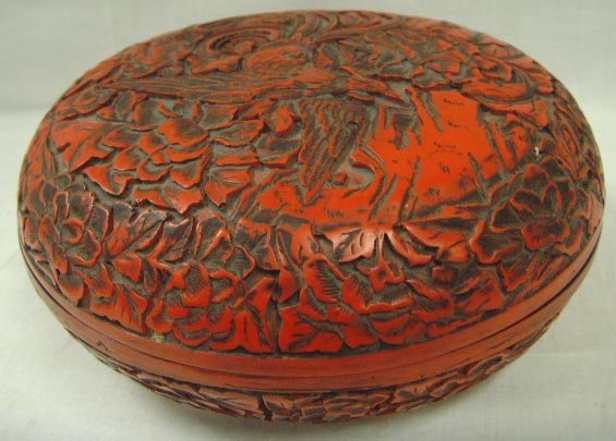 113: CARVED ORIENTAL COVERED BOX - ALL OVER CARVED - 6