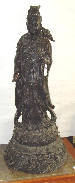 513: LARGE EARLY BRONZE BUDDHA SCULPTURE - 41 INCHES