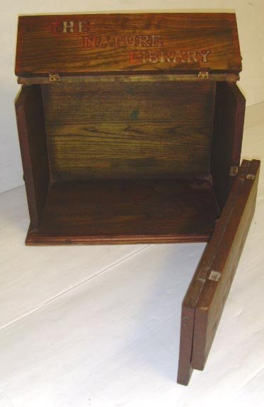 116: EARLY WOOD NATURE ADVERTISING LIBRARY BOX - 17 1/2