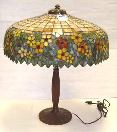 """824: SIGNED HANDEL LEADED GLASS TABLE LAMP - 20"""" DIAMET"""