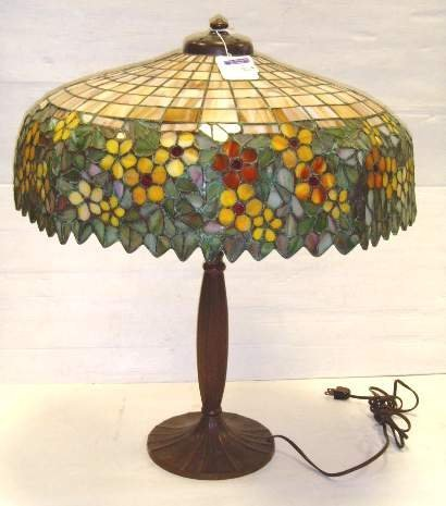 "824: SIGNED HANDEL LEADED GLASS TABLE LAMP - 20"" DIAMET"