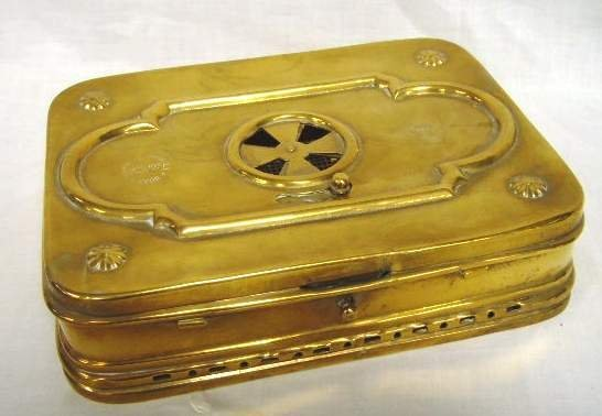 1322: Antique French Brass Foot Warmer