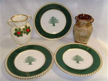 1326: 5 German Frankonia Plates  & 2 Holly Vases