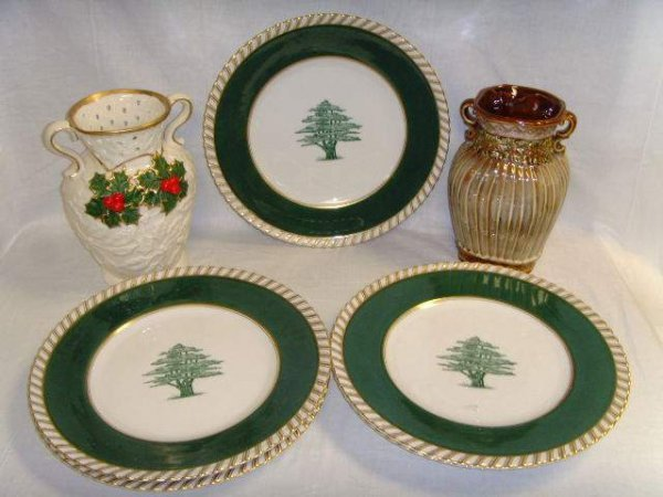 1326: 5 German Frankonia Plates  & 2 Holly Vases