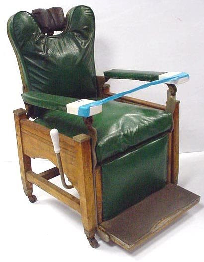 115: EARLY BARBER CHAIR