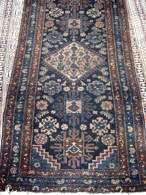 101: ANTIQUE HANDMADE PERSIAN CARPET