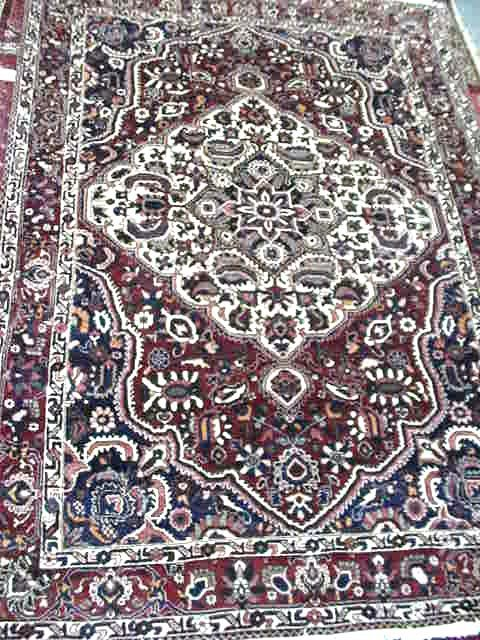 117: HANDMADE PERSIAN CARPET
