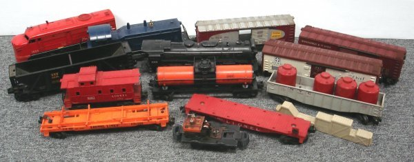 101: GROUP OF LIONEL TRAINS