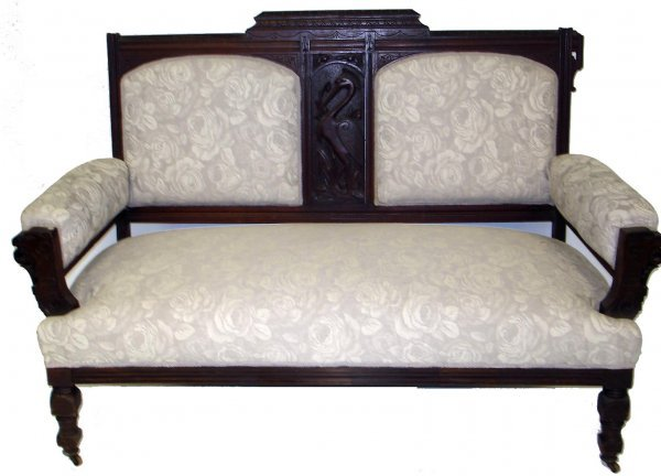 114: STORK CARVED VICTORIAN SETTEE CHAIR SET