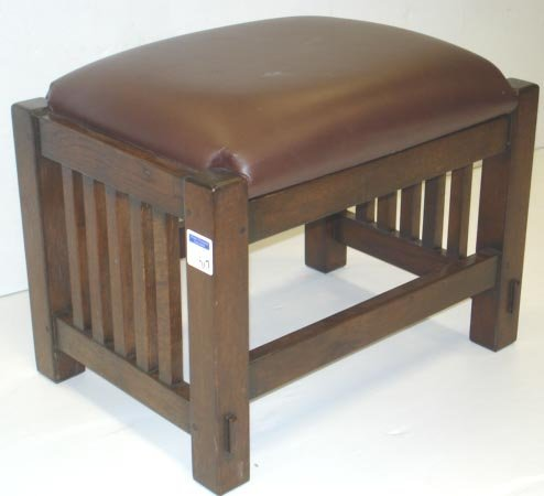 717: ARTS & CRAFTS STYLE OAK STOOL