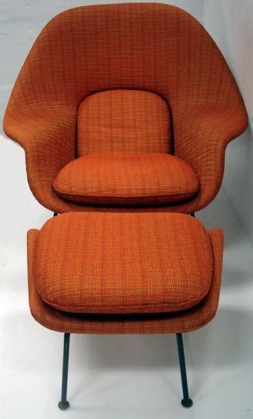 786: SAARINAN  KNOLL VINTAGE WOMB CHAIR WITH STOOL - 2