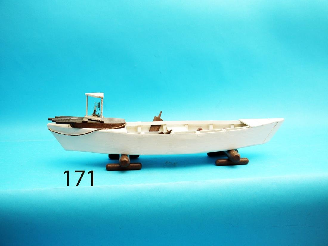 MARKET GUNNER'S SKIFF MODEL by D. Glide. Excellent