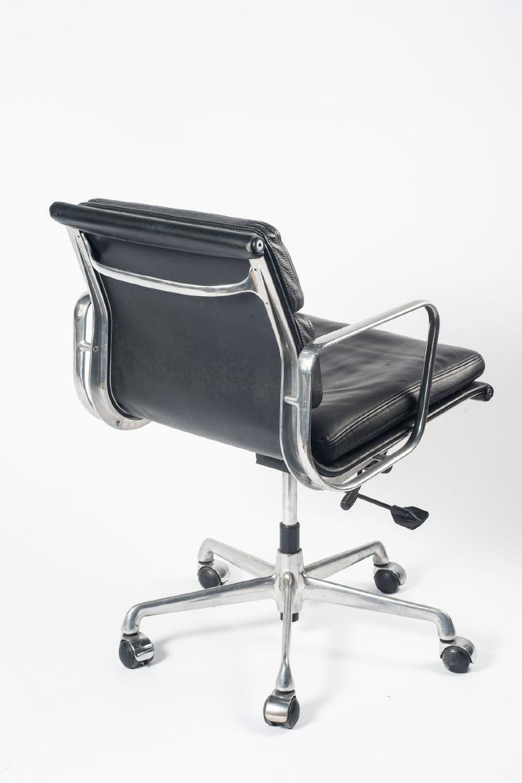 'Soft Pad' desk chair, 1969 - 3