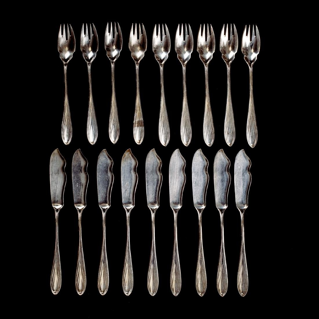 18 pieces of '3001' fish cutlery, 1901/02