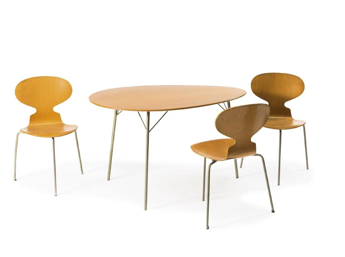 '3603' table and 3 'Ant' - '3100' chairs, 1952