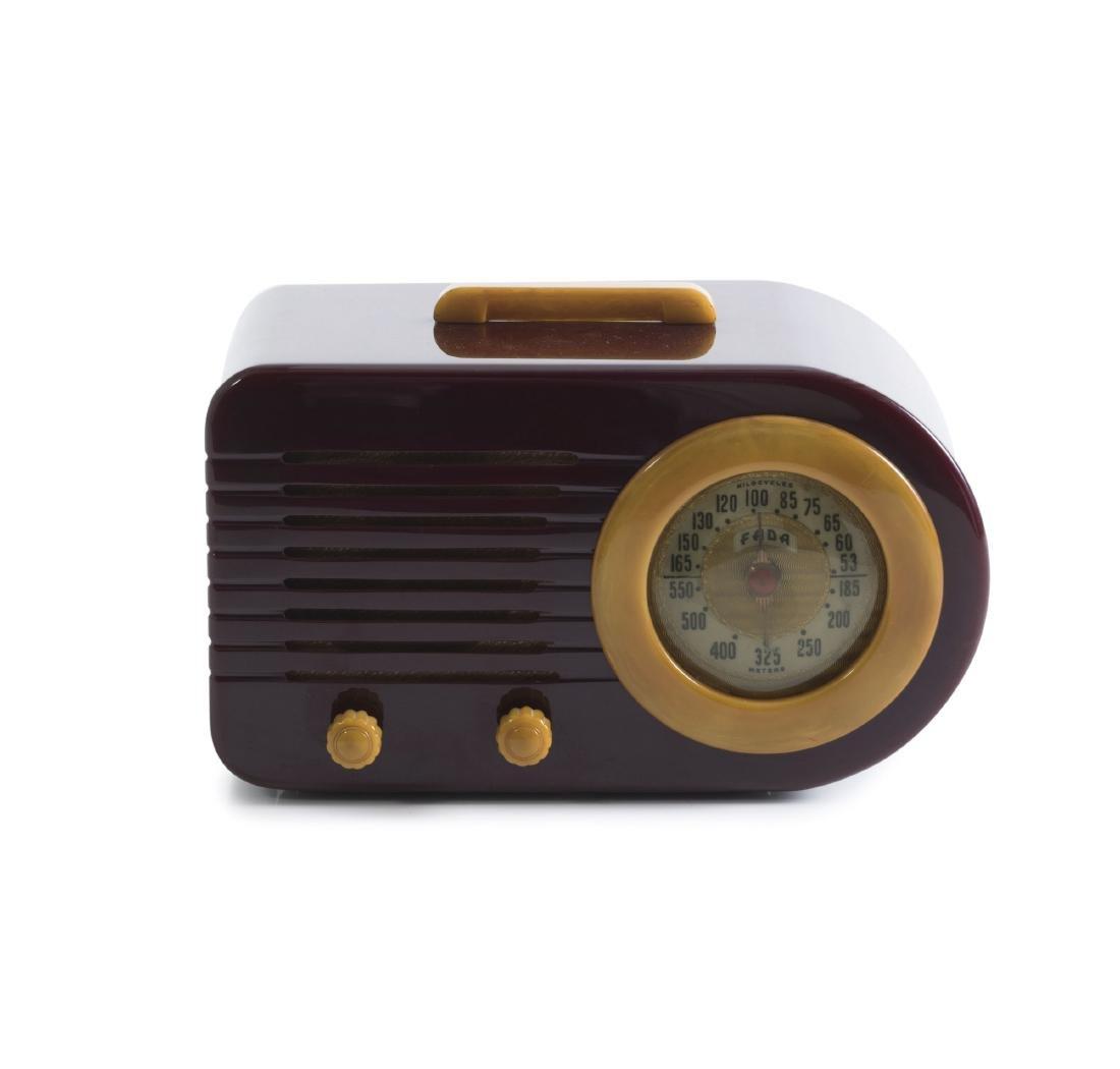 Portable radio '1000' - 'Bullet', 1945